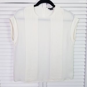 Theory 100% Silk White Pleated Short Sleeve Blouse